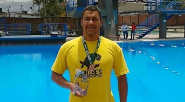 Asesinaron a nadador profesional en caricuao - Laura vicuna piscina ...