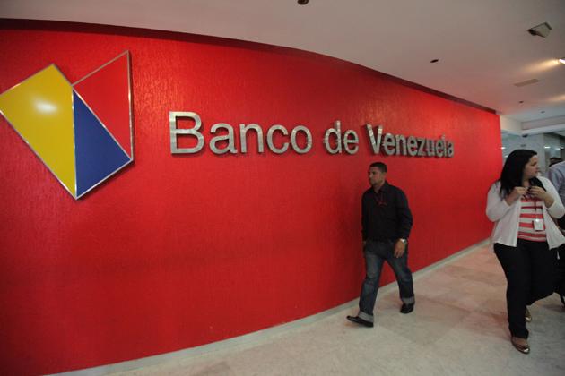 Banco de venezuela puede emitir m s de un mill n de for Banco exterior de venezuela