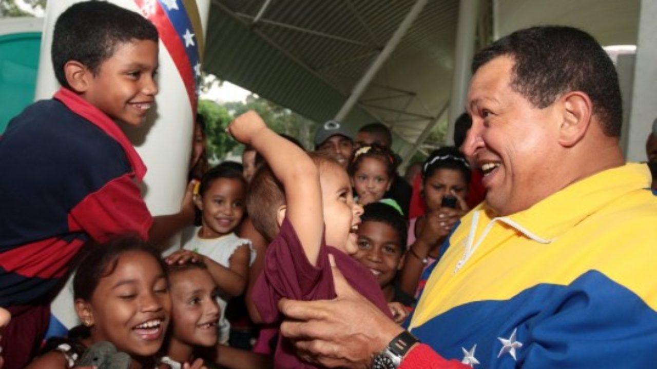 !!EMIGRACIÓN MASIVA!! éxodo sin control - Página 3 Chavez-y-ni%C3%B1os--1280x720