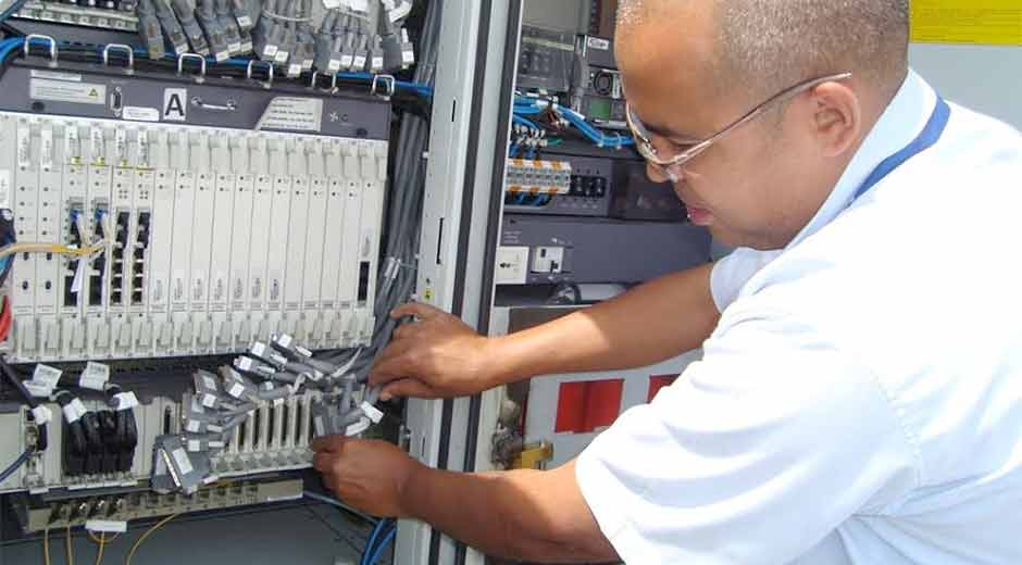 Cantv moderniza redes en el parque industrial de Cagua