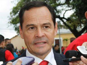 El gobernador de Táchira, José Vielma Mora, anunció la captura de Miguel Ortega, de nacionalidad colombiana, solicitado por la justicia neogranadina por porte de arma y otros elementos legales.